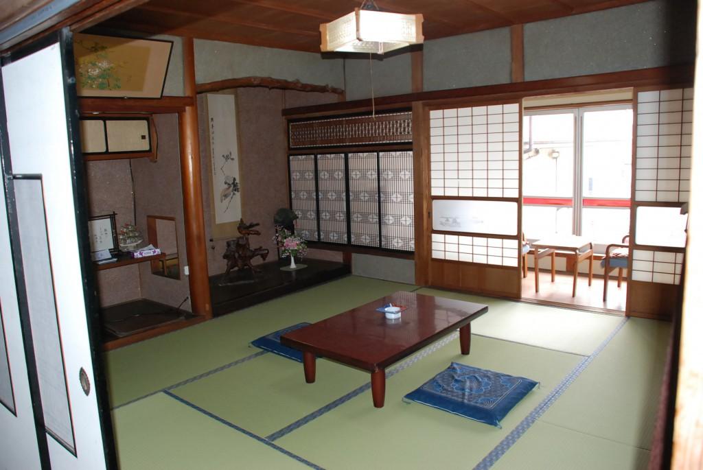 鶴洋 和室